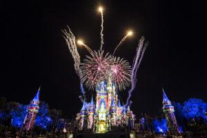 米ディズニー花火が再開 Happily Ever After、EPCOT Forever、Mickey's Mix Magicが7月から復活