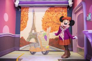 「ミニーのスタイルスタジオ」ミニーの秋コスチュームを公開