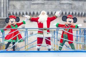 TDRクリスマス衣装のグリーティング&デコレーションを実施