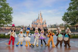 上海ディズニーランド5周年 ミッキー&フレンズ、ダッフィー&フレンズの新コスチューム公開